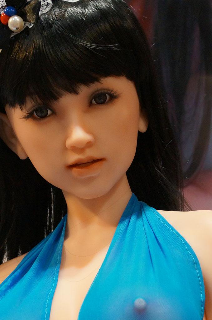 exhibition-of-sex-dolls-28