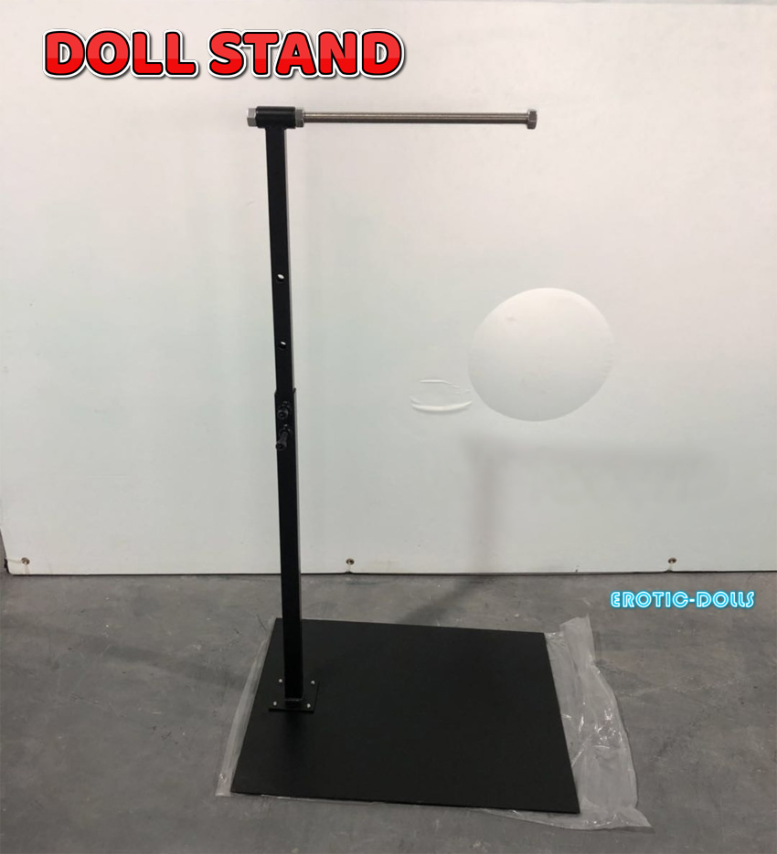 Piper Doll stand EN